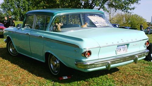1962_Rambler_4-door_2-green_MD_um-rl