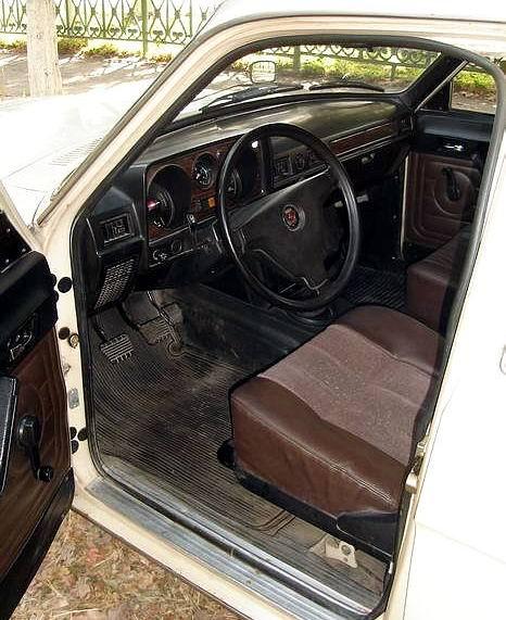 24-10_interior