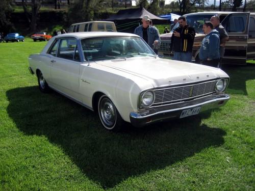 1966_Falcon_coupe